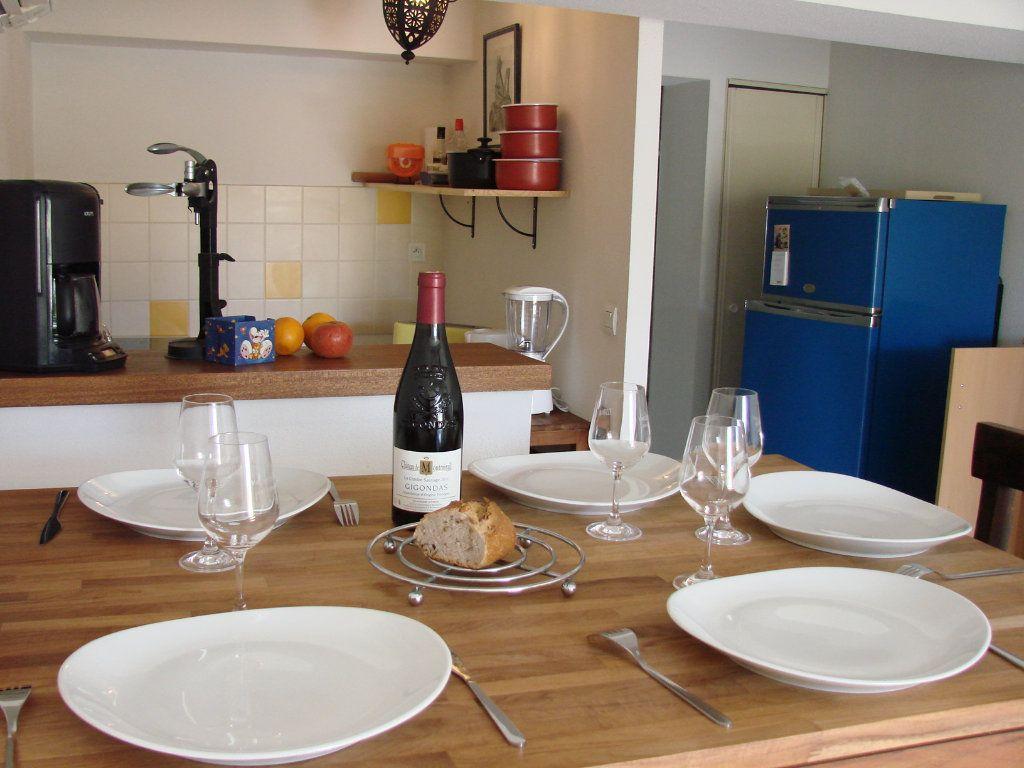 Appartement à vendre 2 40.8m2 à Vaison-la-Romaine vignette-3