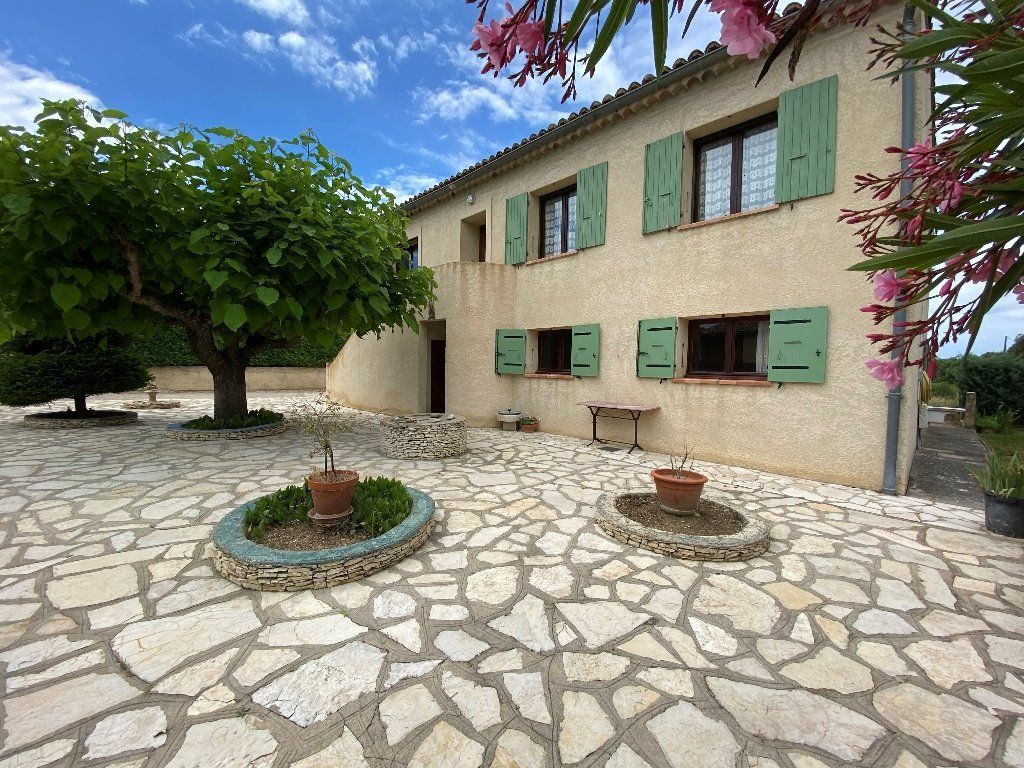 Maison à vendre 8 160m2 à Vaison-la-Romaine vignette-1