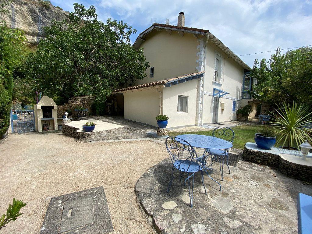 Maison à vendre 8 155m2 à Vaison-la-Romaine vignette-2