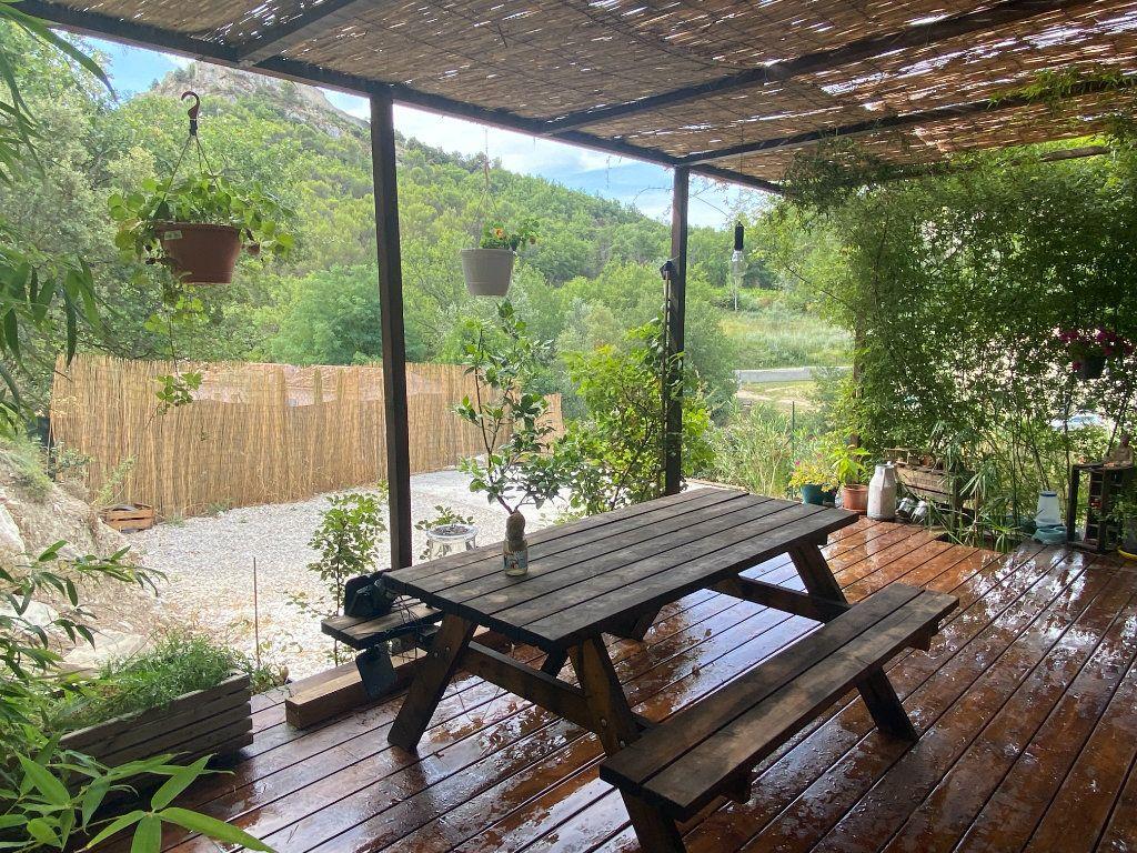 Maison à vendre 3 68m2 à Entrechaux vignette-6