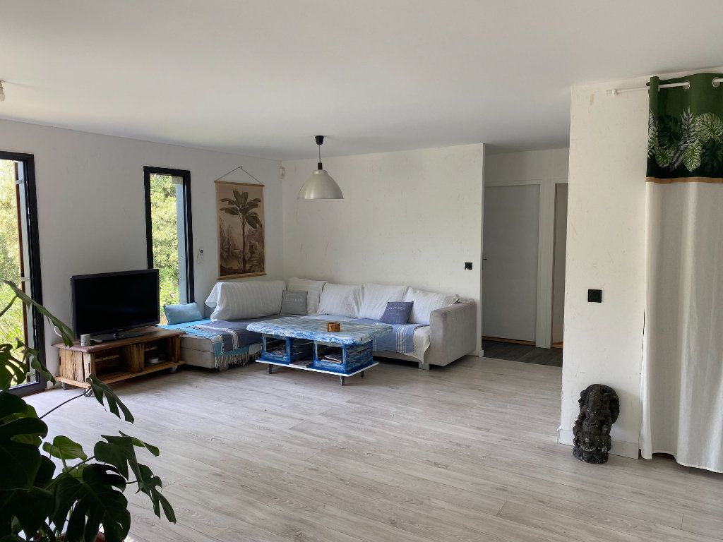 Maison à vendre 3 68m2 à Entrechaux vignette-11