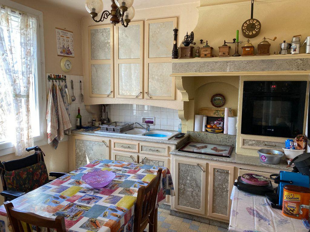 Maison à vendre 6 126m2 à Vaison-la-Romaine vignette-3