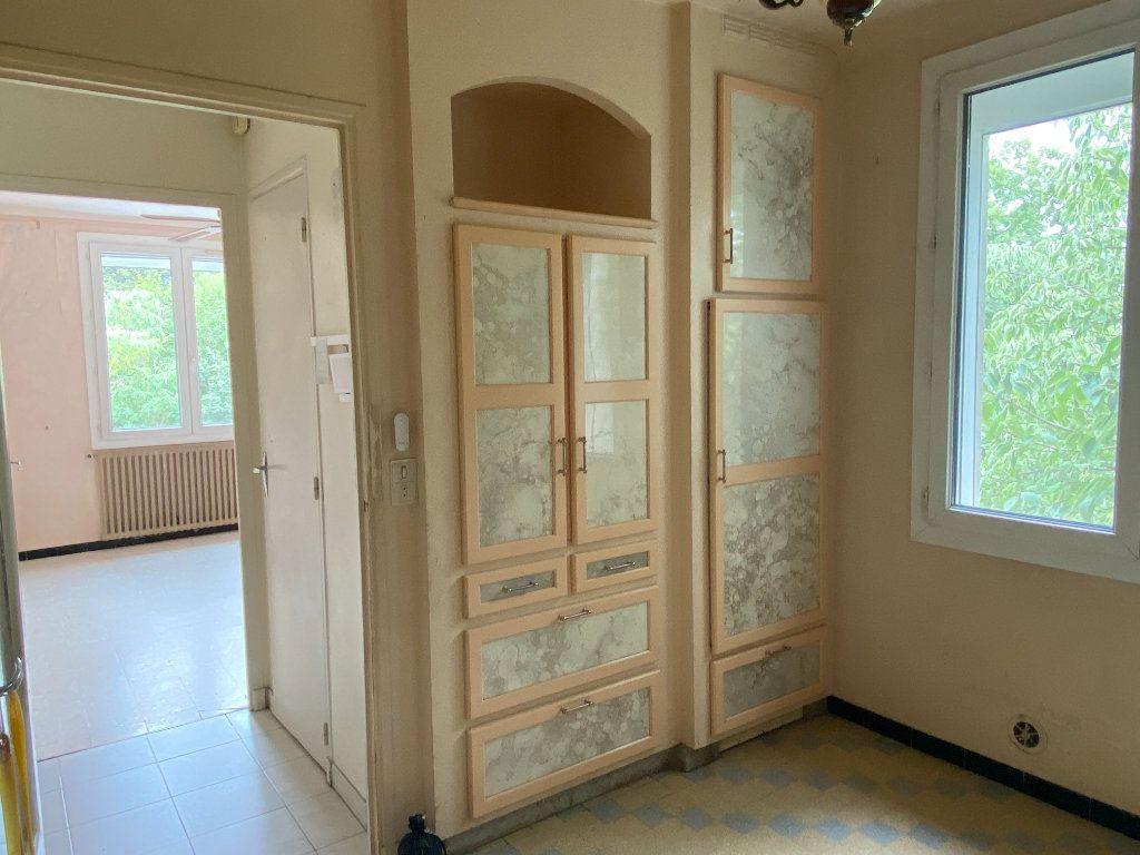 Maison à vendre 6 126m2 à Vaison-la-Romaine vignette-6