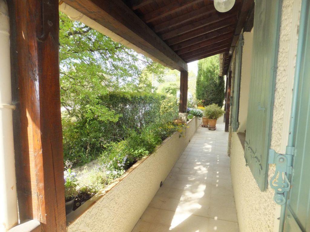 Maison à vendre 6 160m2 à Vaison-la-Romaine vignette-10