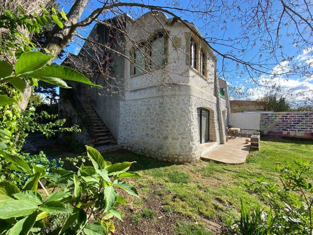 Maison à vendre 7 230m2 à Vaison-la-Romaine vignette-2