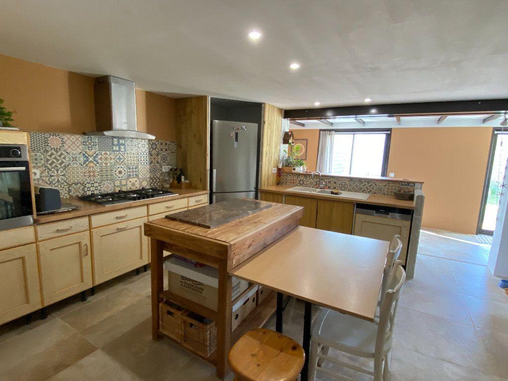 Maison à vendre 7 230m2 à Vaison-la-Romaine vignette-6