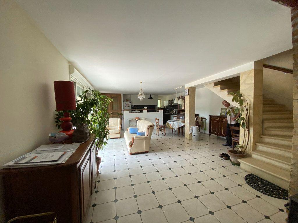 Maison à vendre 9 270m2 à Vaison-la-Romaine vignette-6