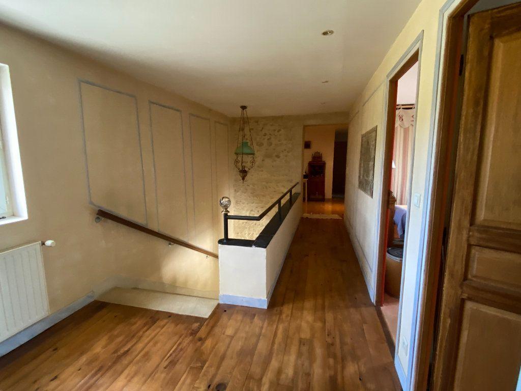 Maison à vendre 9 270m2 à Vaison-la-Romaine vignette-8