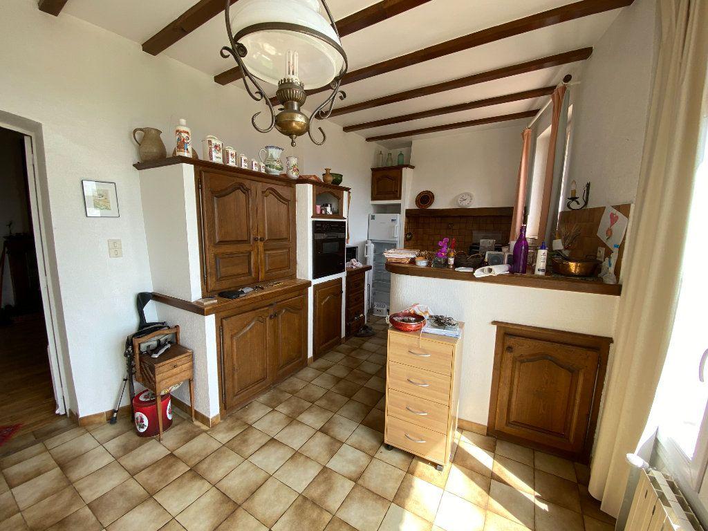 Maison à vendre 9 235m2 à Crestet vignette-5