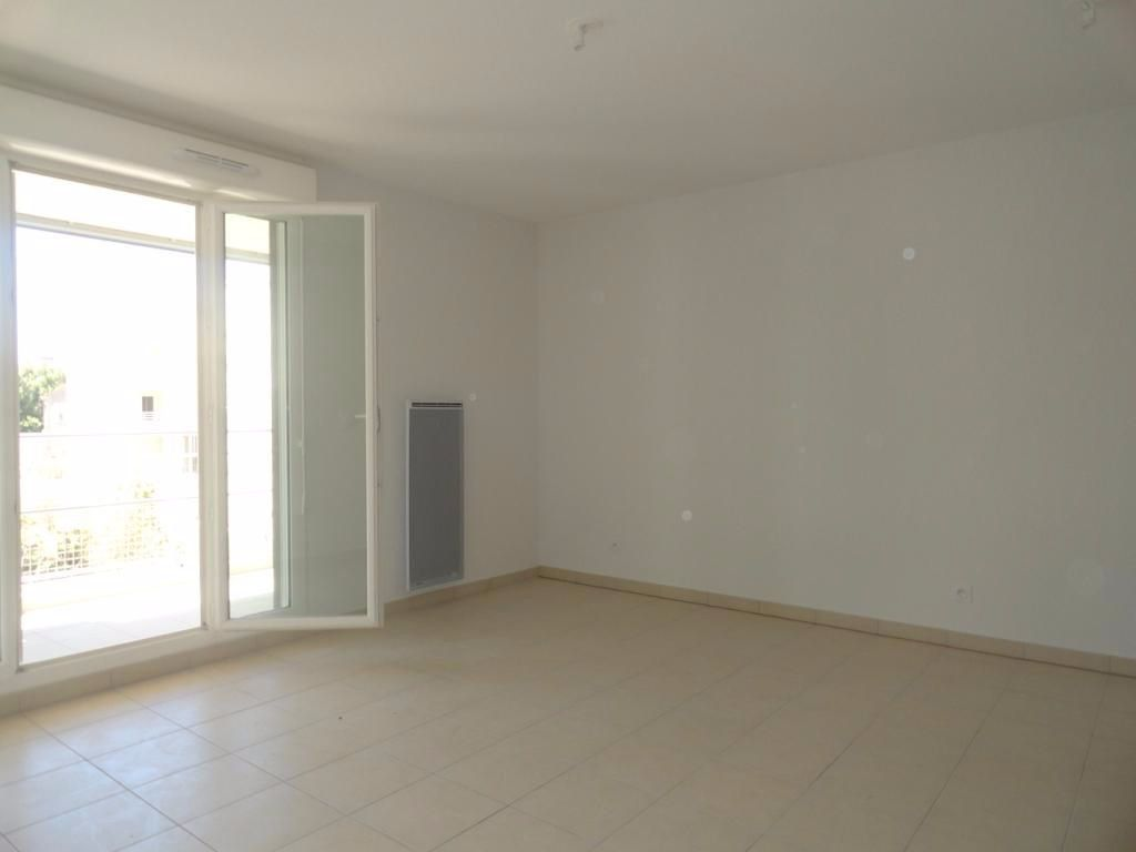 Appartement à louer 1 26.6m2 à Avignon vignette-2