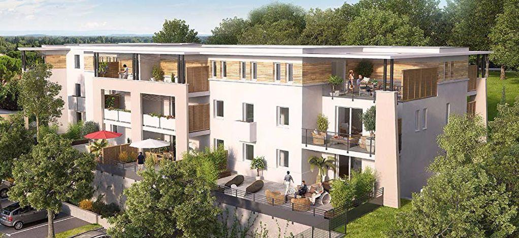 Appartement à louer 3 61.92m2 à Villeneuve-lès-Avignon vignette-1