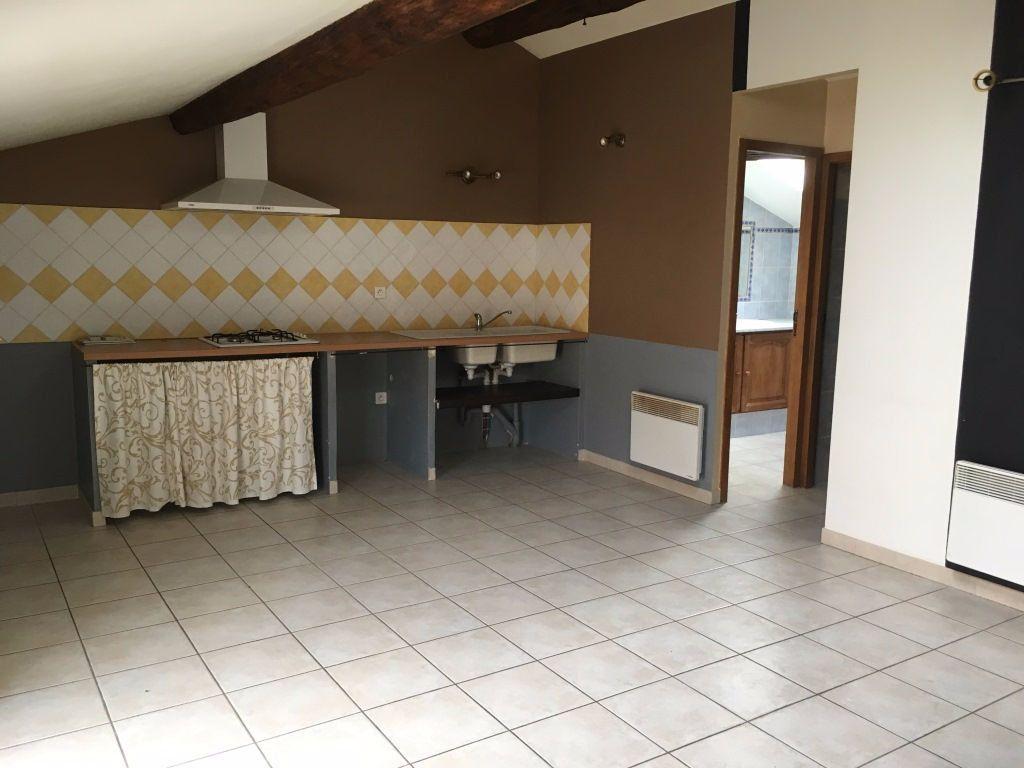 Appartement à louer 2 48.03m2 à Boulbon vignette-3