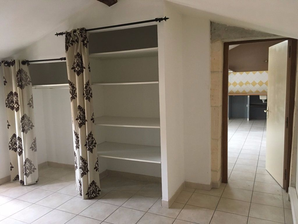 Appartement à louer 2 48.03m2 à Boulbon vignette-4