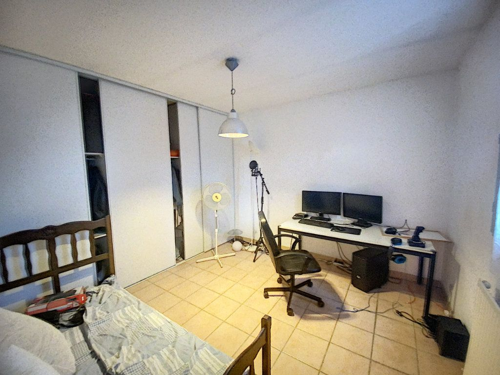 Maison à vendre 4 91m2 à Villeneuve-lès-Avignon vignette-6