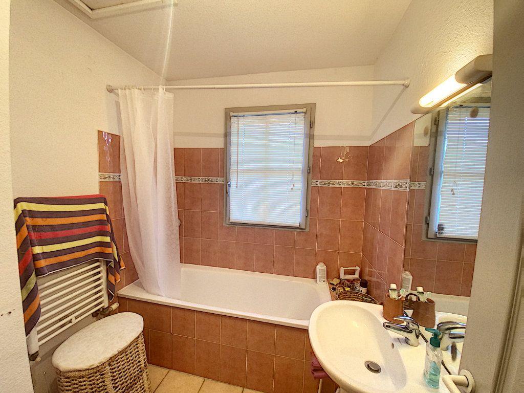 Maison à vendre 4 91m2 à Villeneuve-lès-Avignon vignette-8