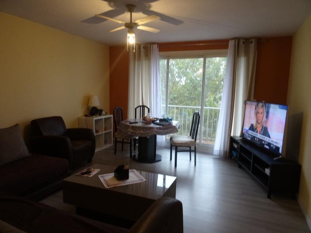 Appartement à vendre 3 70m2 à Avignon vignette-2