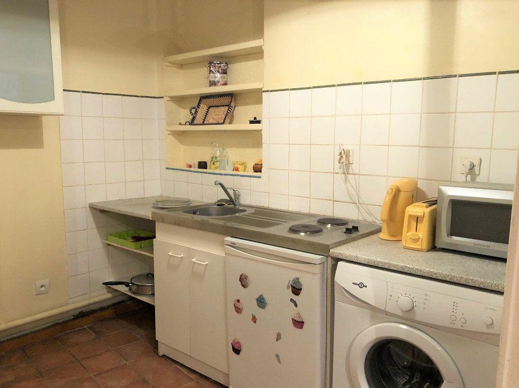 Appartement à vendre 1 26m2 à Avignon vignette-3