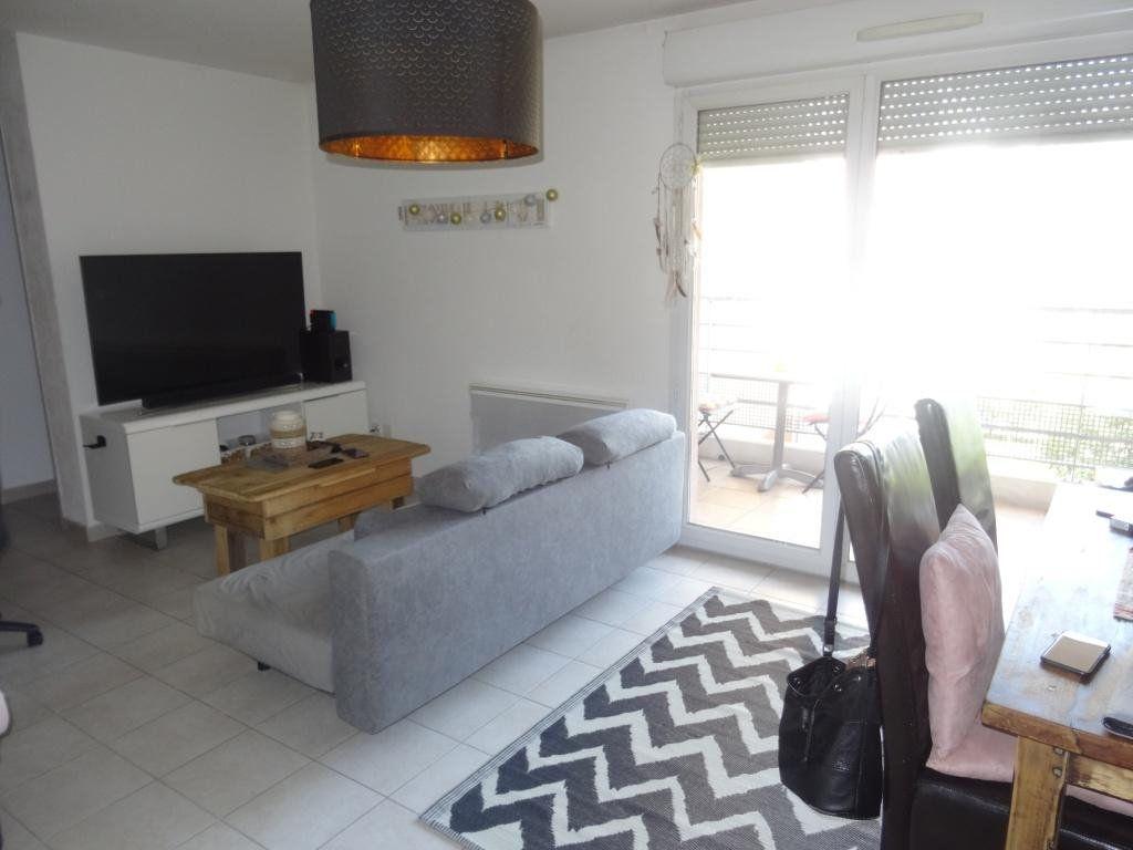 Appartement à vendre 3 57m2 à Montfavet - Avignon vignette-2