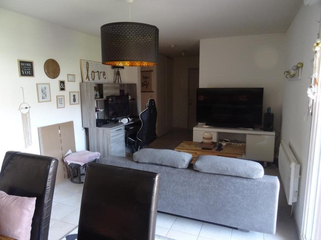 Appartement à vendre 3 57m2 à Montfavet - Avignon vignette-3