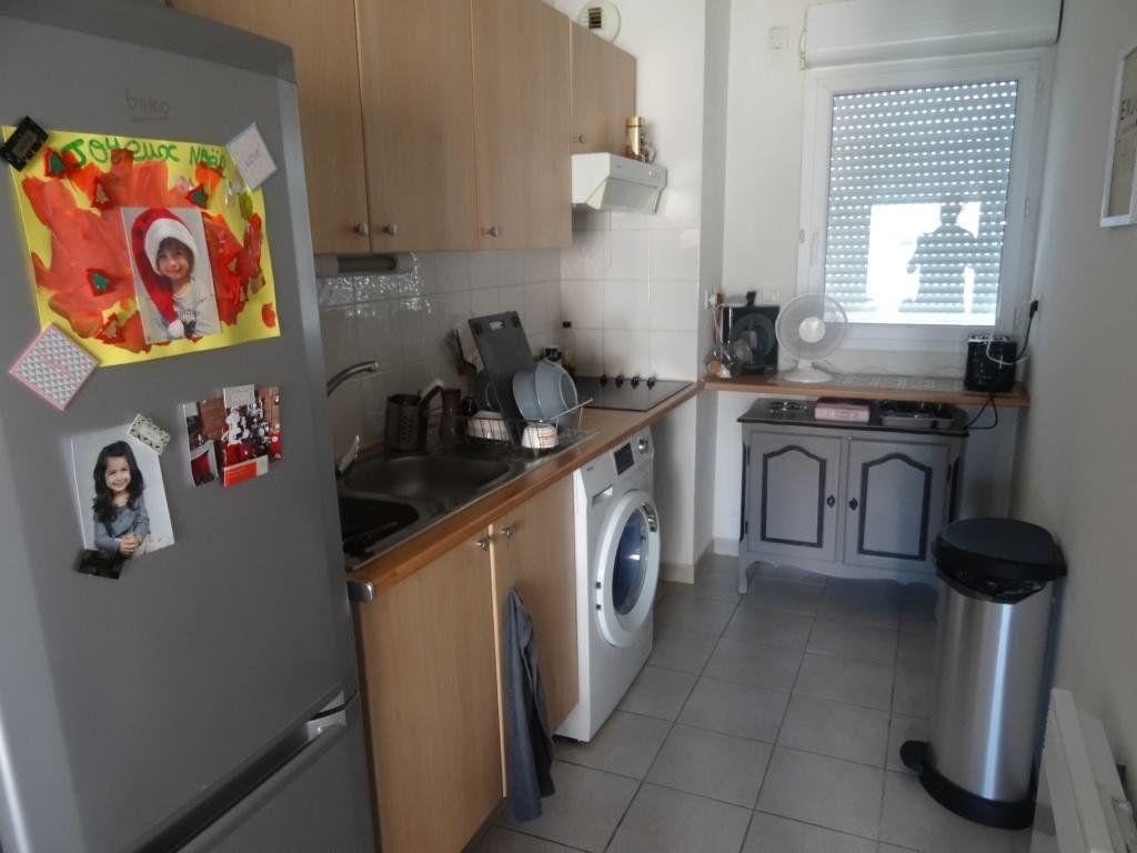Appartement à vendre 3 57m2 à Montfavet - Avignon vignette-5
