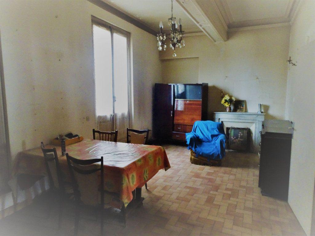 Appartement à vendre 4 130m2 à Avignon vignette-6