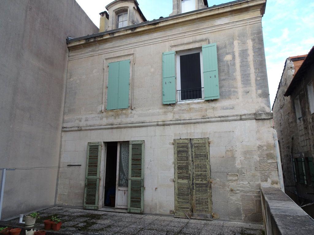 Appartement à vendre 4 130m2 à Avignon vignette-9