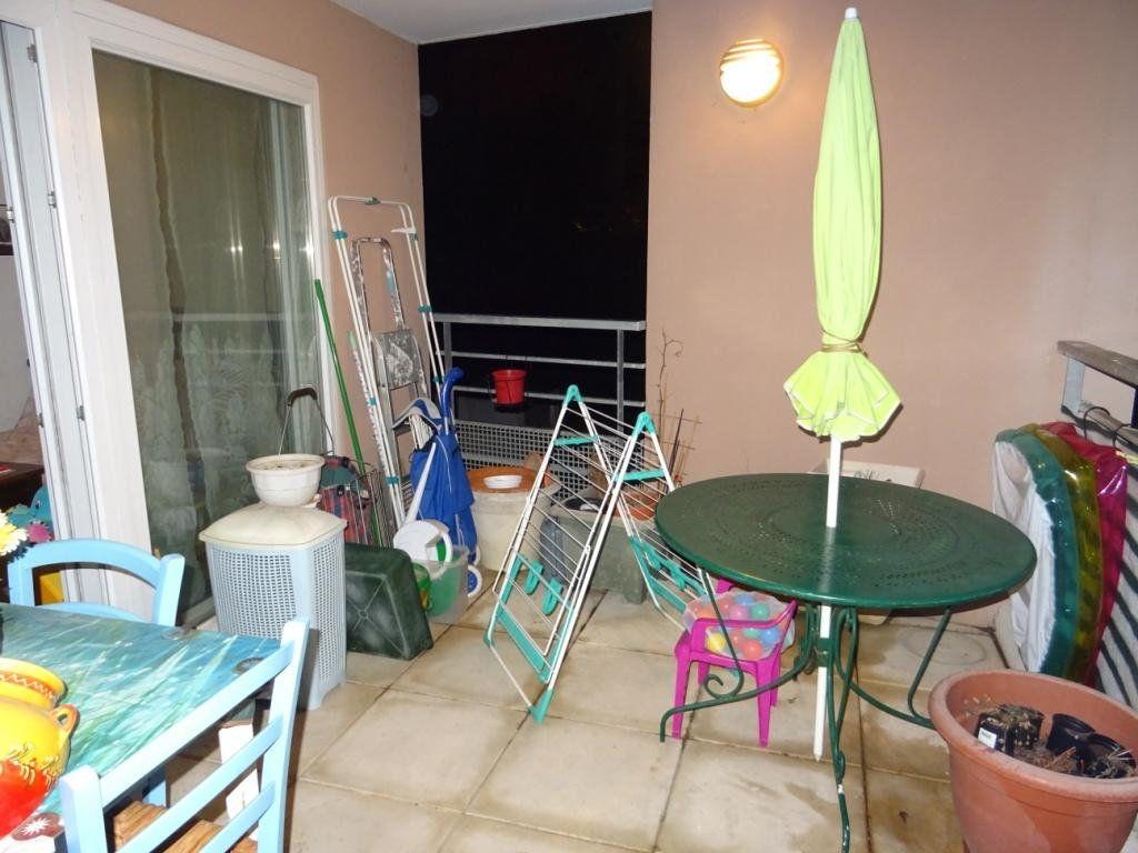 Appartement à vendre 3 55m2 à Montfavet - Avignon vignette-5