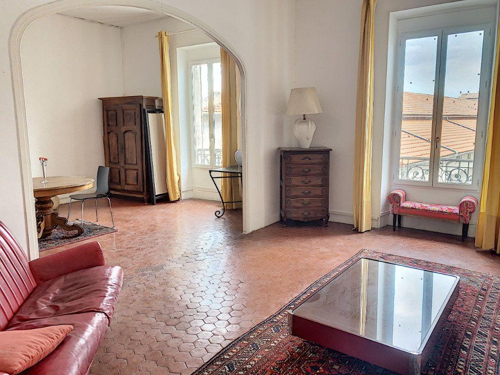 Appartement à vendre 3 95m2 à Avignon vignette-2