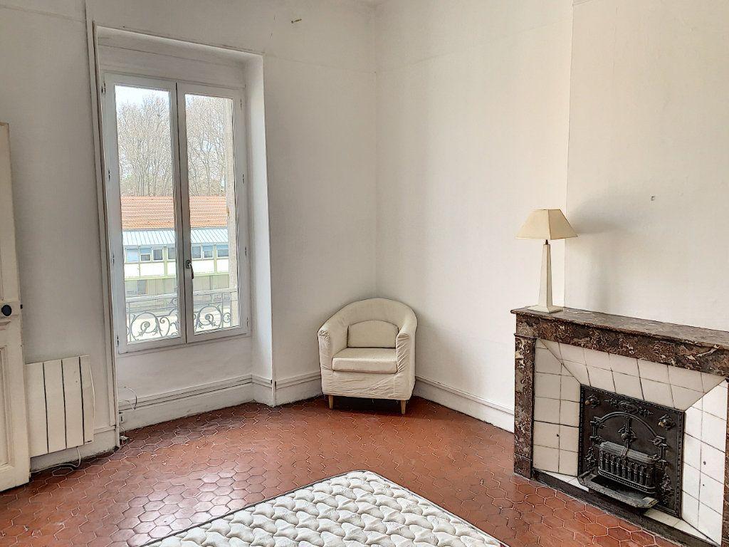 Appartement à vendre 3 95m2 à Avignon vignette-3