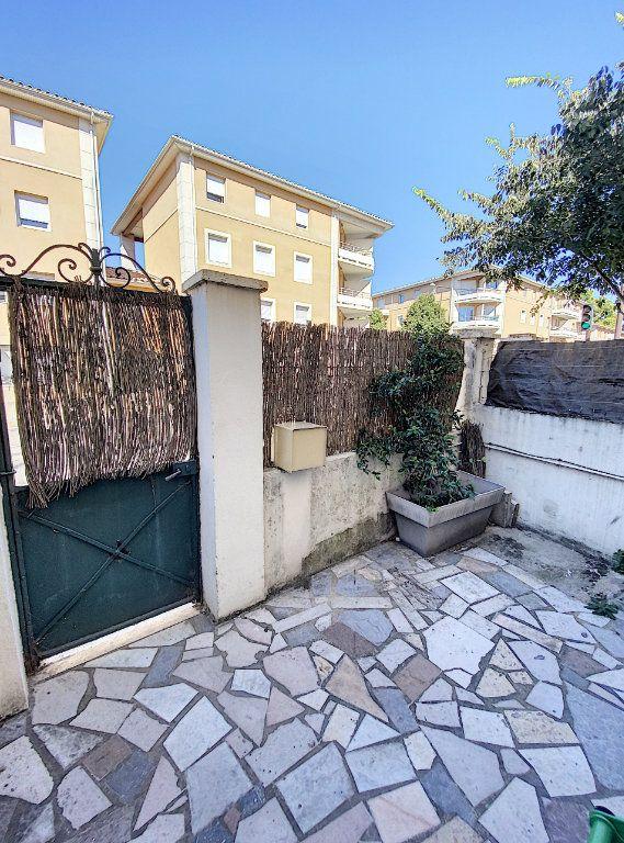 Maison à vendre 4 61.11m2 à Avignon vignette-4