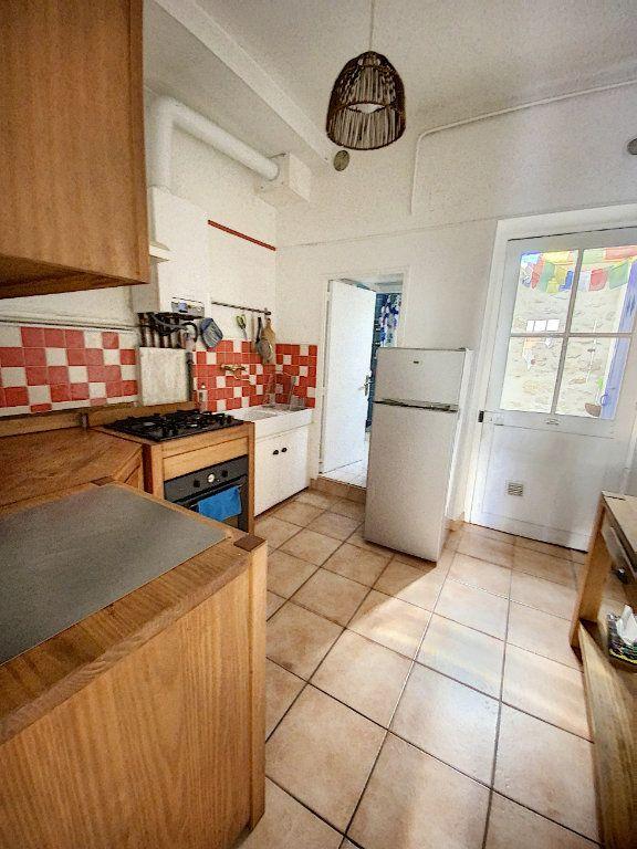 Maison à vendre 4 61.11m2 à Avignon vignette-5