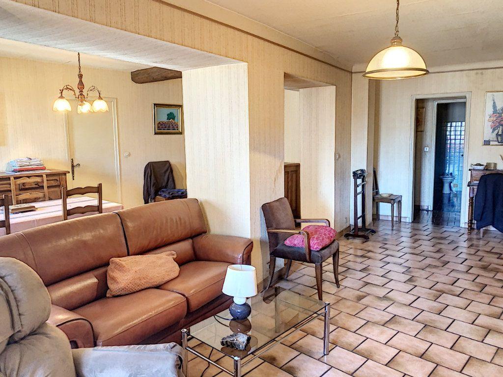 Appartement à vendre 3 98m2 à Avignon vignette-3