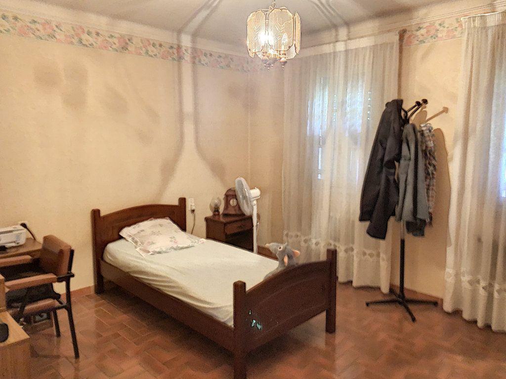 Appartement à vendre 3 98m2 à Avignon vignette-6