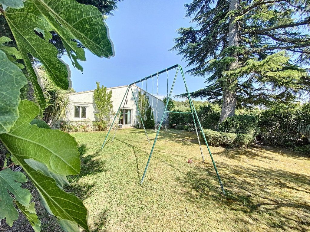 Maison à vendre 7 207m2 à Barbentane vignette-1