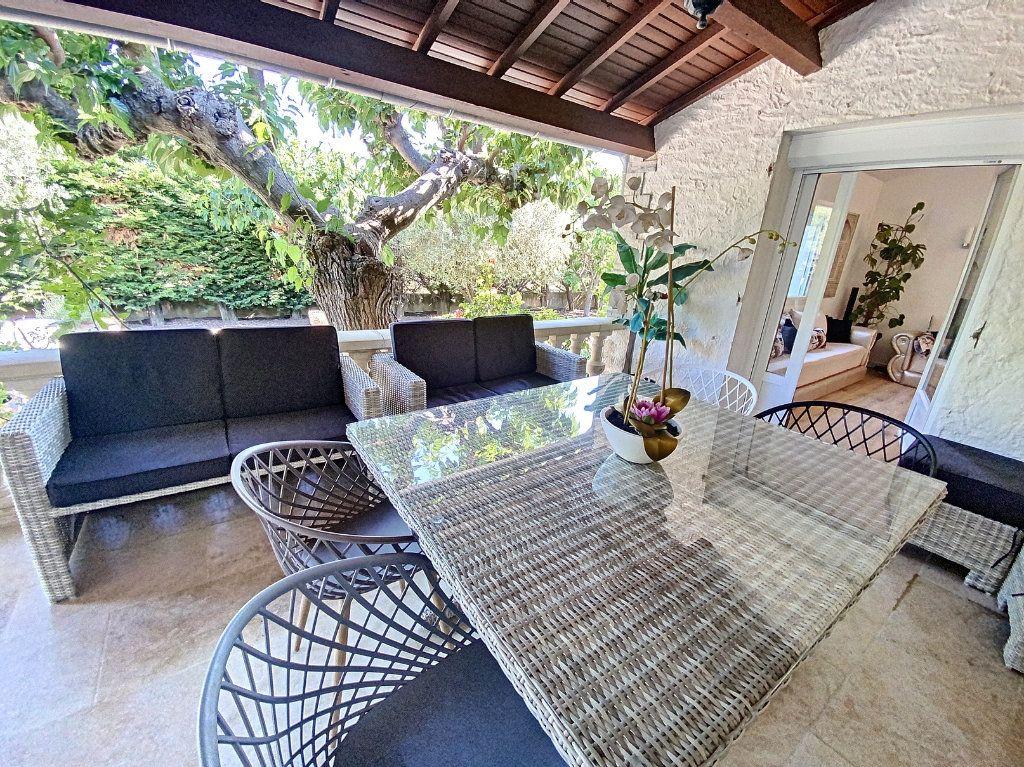 Maison à vendre 7 207m2 à Barbentane vignette-5