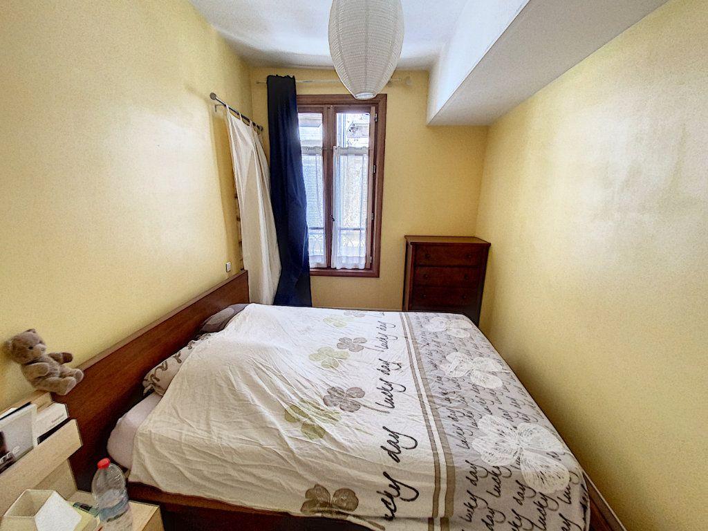 Appartement à vendre 3 74m2 à Avignon vignette-6