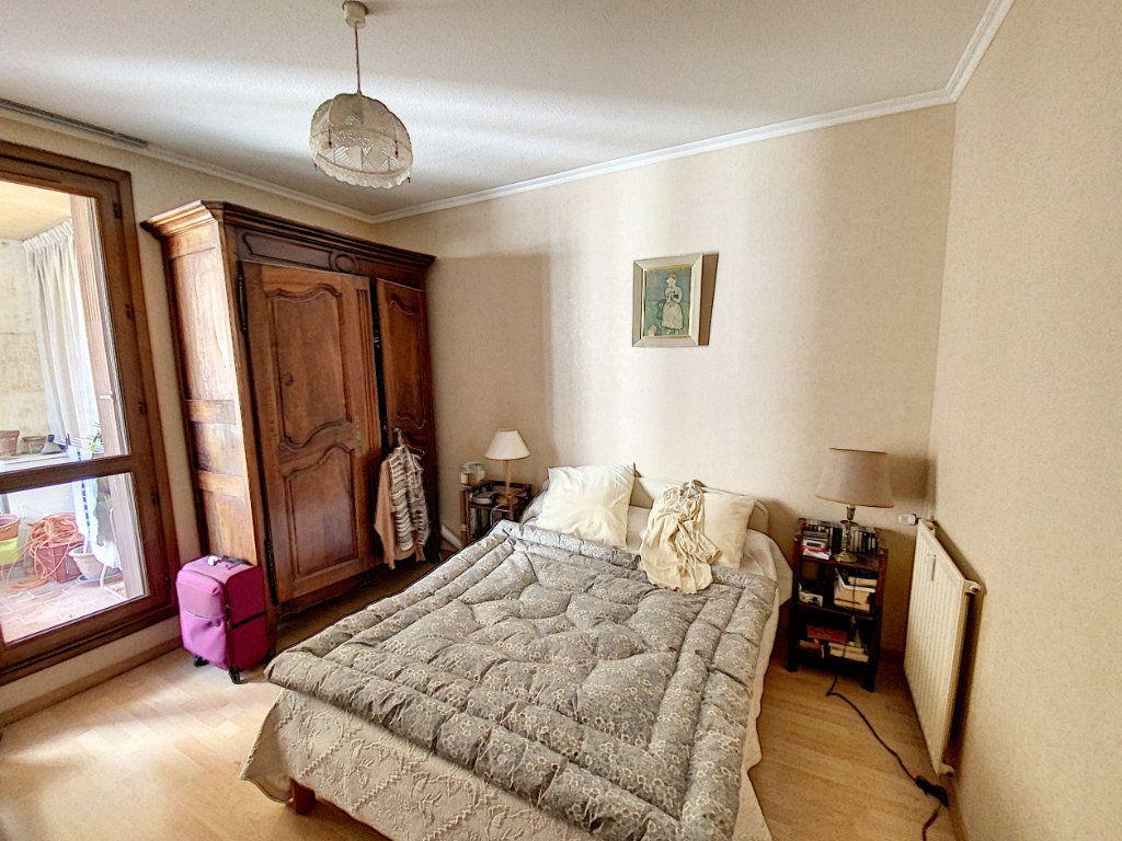 Appartement à vendre 3 71m2 à Avignon vignette-6