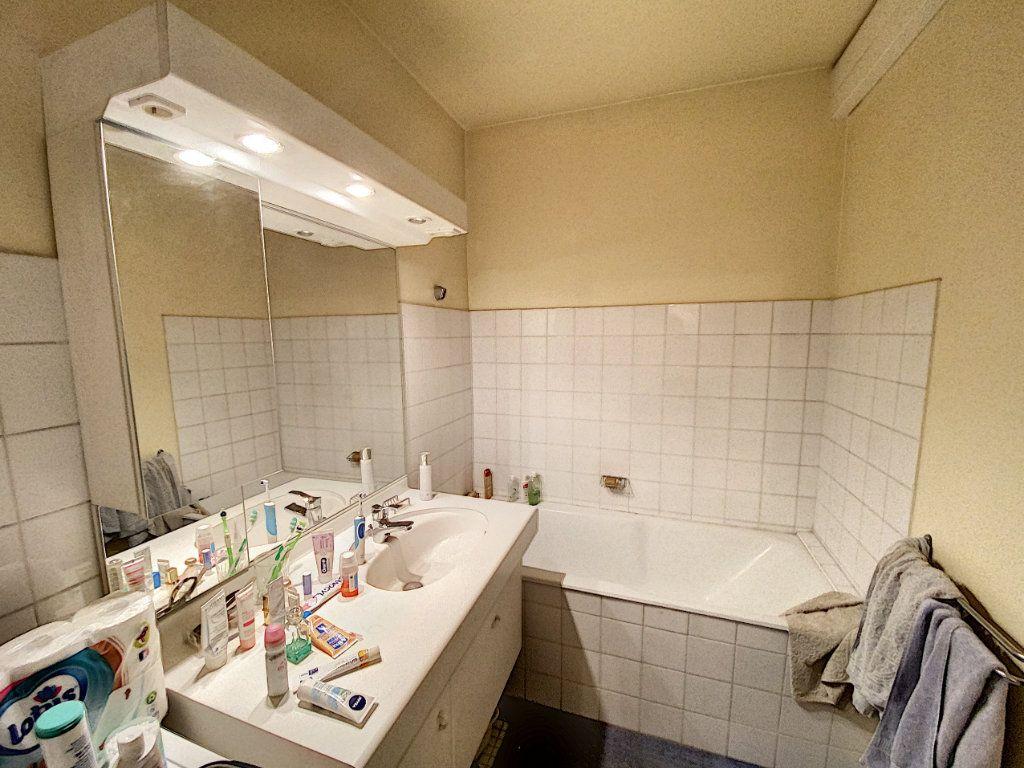 Appartement à vendre 3 71m2 à Avignon vignette-7