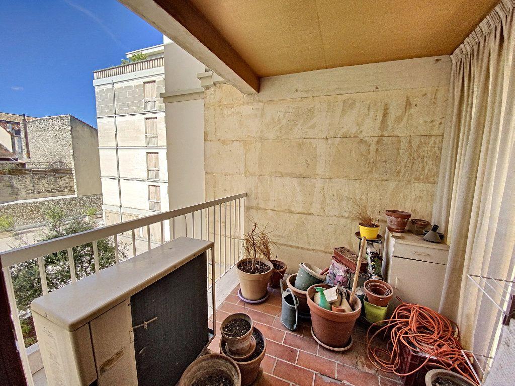 Appartement à vendre 3 71m2 à Avignon vignette-9