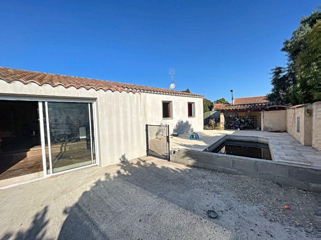 Maison à vendre 5 113m2 à Avignon vignette-2