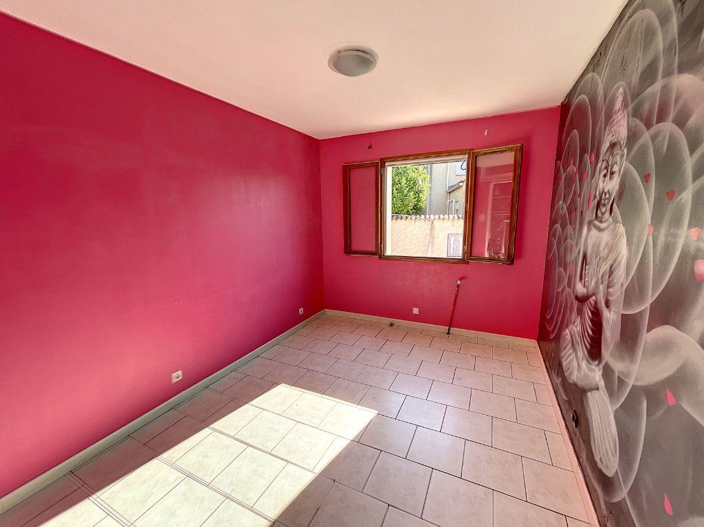 Maison à vendre 5 113m2 à Avignon vignette-7