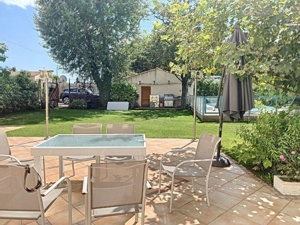 Maison à vendre 6 140m2 à Avignon vignette-3