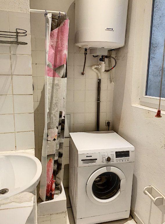 Appartement à vendre 2 41m2 à Avignon vignette-4
