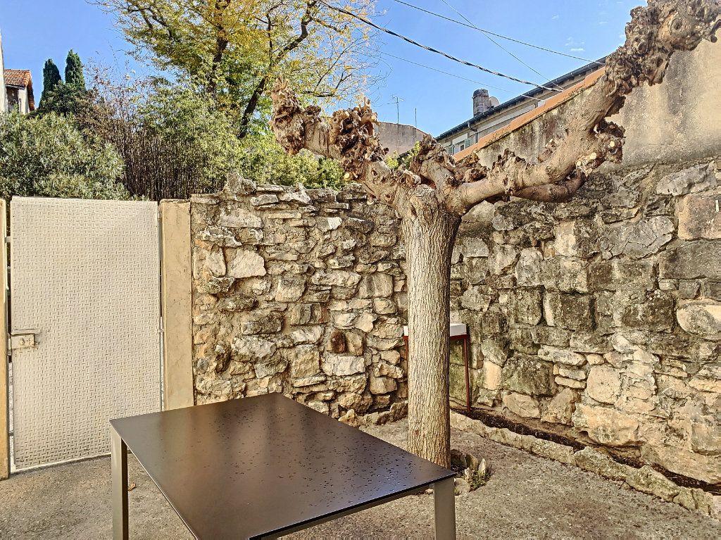 Maison à vendre 3 60m2 à Avignon vignette-1