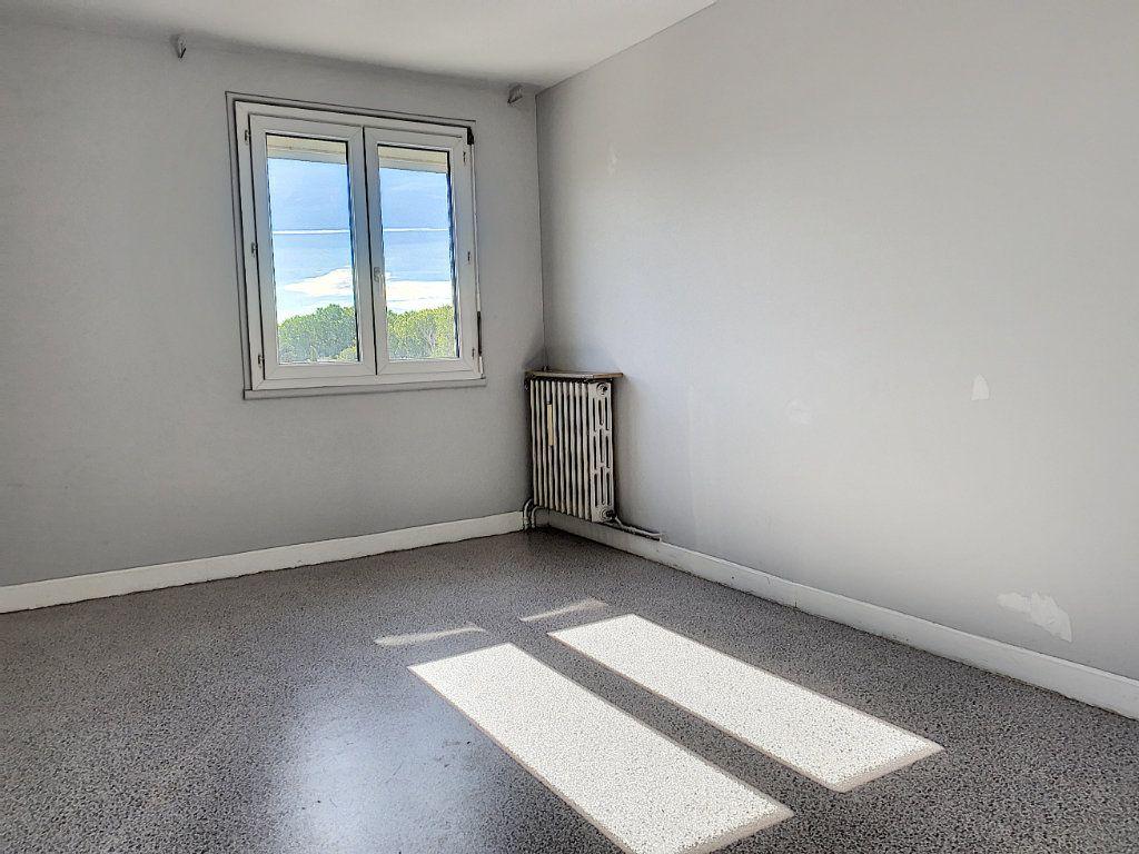 Appartement à vendre 2 60.05m2 à Avignon vignette-5