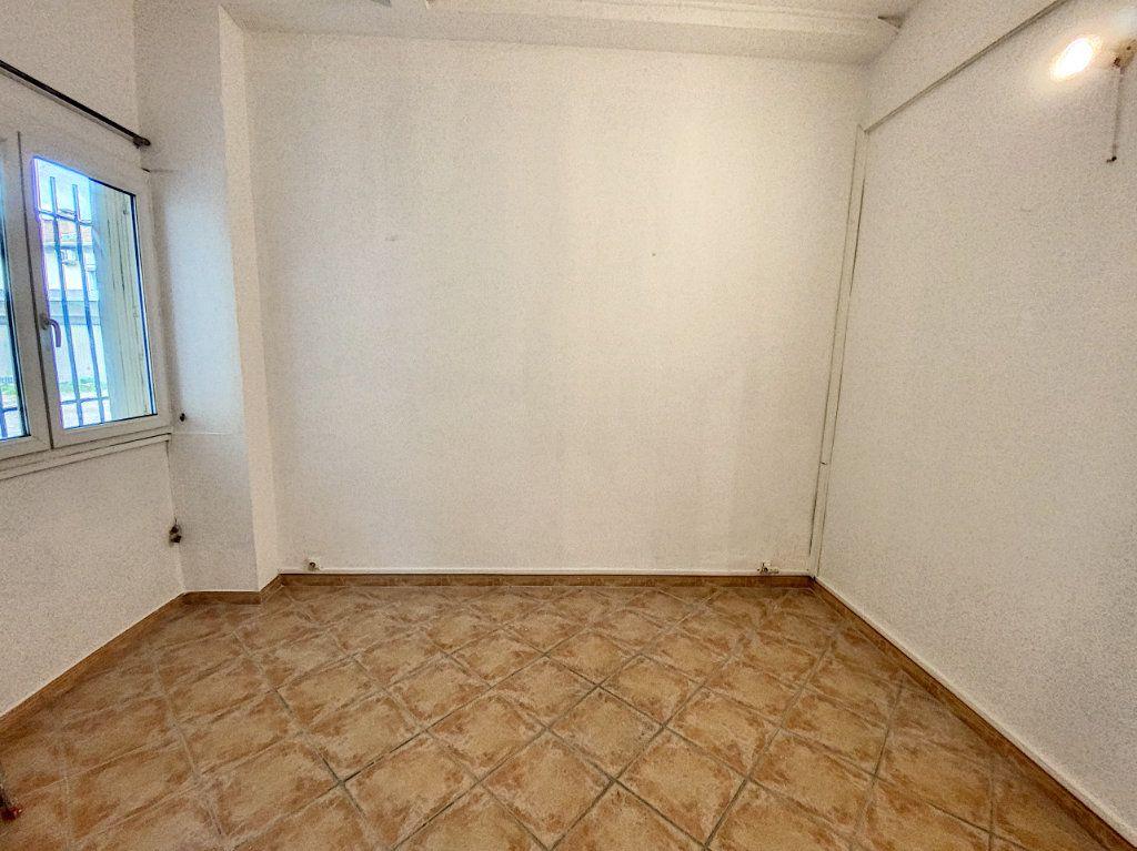 Appartement à vendre 2 39m2 à Avignon vignette-5