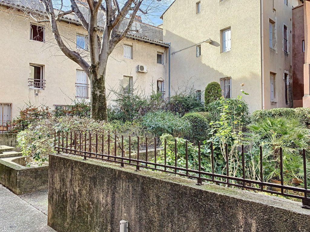 Appartement à vendre 3 69.12m2 à Avignon vignette-6