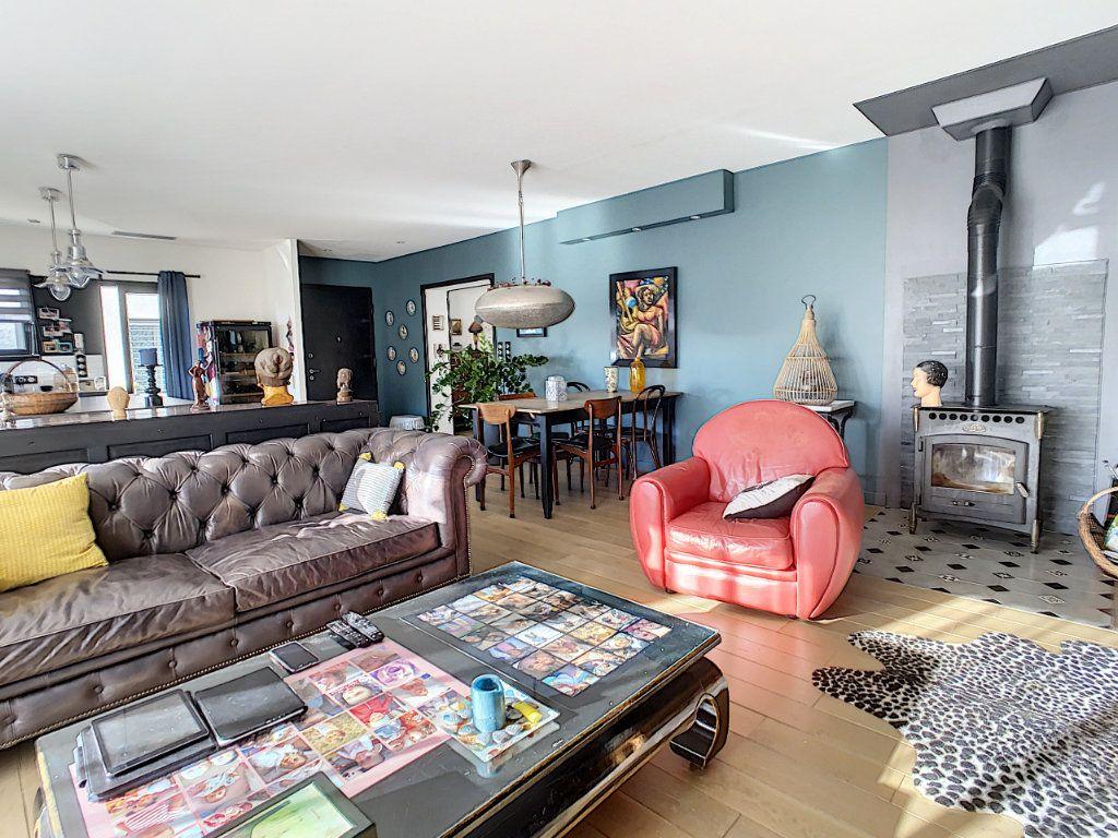 Maison à vendre 4 130m2 à Morières-lès-Avignon vignette-6