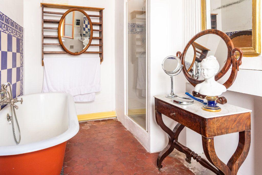 Appartement à vendre 5 135m2 à Avignon vignette-8
