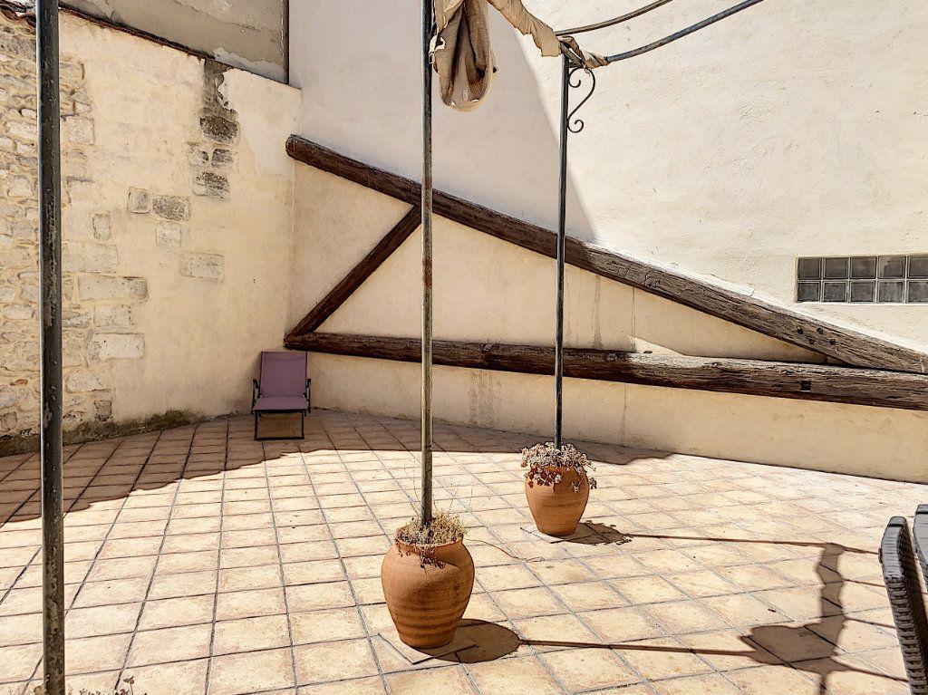 Appartement à vendre 3 92.73m2 à Avignon vignette-2